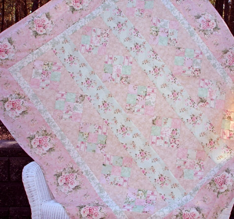 pink diamonds designer pattern robert kaufman fabric company 11 New Shabby Chic Quilt Patterns Inspirations