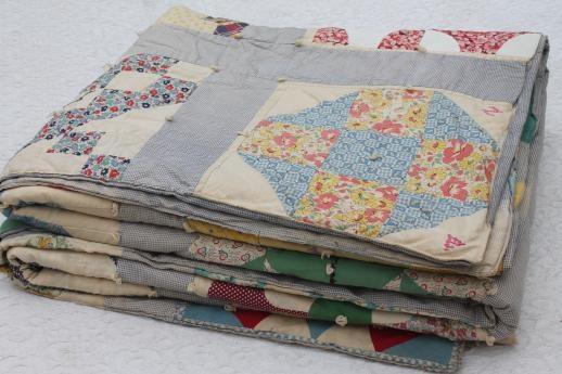 Stylish 1930s vintage friendship quilt w embroidered patchwork 10 New Vintage Friendship Quilt