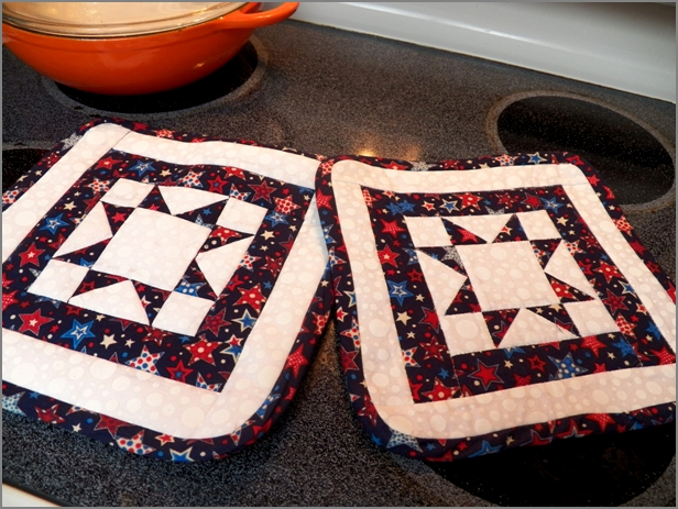 Stylish north star potholders for any season quilting digest Modern Northstar Quilted Potholder Pattern Gallery