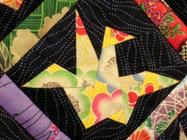 Stylish origami crane from margaret rolfes peace quilt origami 10 Beautiful Origami Crane Quilt Pattern Inspirations
