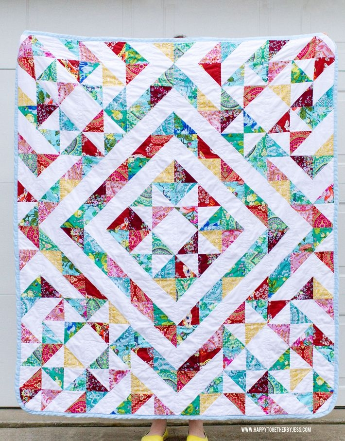 Unique a half square triangle quilt half square triangle quilts 10 Beautiful Half Triangle Quilt Inspirations