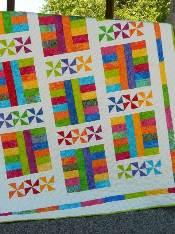 Unique fun and colorful quilt for new babies and moms colorful 10 Modern Colorful Quilt Patterns Inspirations