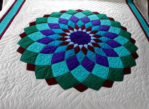 Unique giant dahlia quilt amish spirit quilts quilt patterns 10 Cozy Giant Dahlia Quilt Pattern Gallery