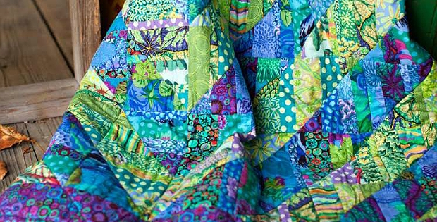 Unique large scale prints are gorgeous in this quilt quilting digest 10 Unique Beautiful Quilt Patterns Using Kaffe Fassett Fabric Inspirations