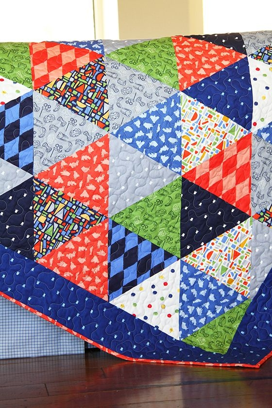 Beautiful triangle quilt tutorial sarah jane studios triangle 9 Beautiful Triangle Patchwork Quilt Gallery