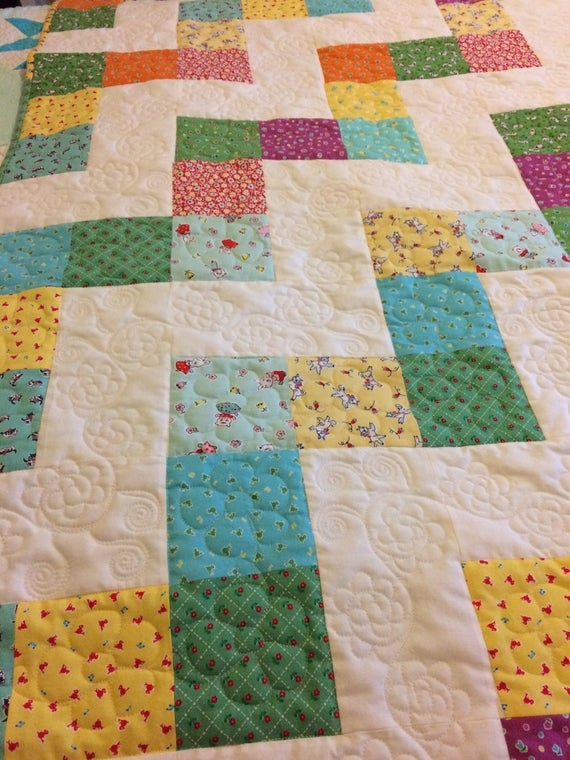 Beautiful vintage stairs quiltquilts for salehandmade quilts64 square quiltfarmhouse decormodern country home decorthrow quilt30s fabric quilt 11 Beautiful Vintage Handmade Quilts Inspirations