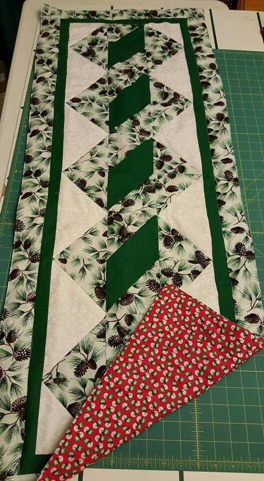 Cool pole twist patchwork table runner quilted table runners 9 Modern Quilt Patterns For Table Runners