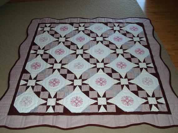 Cool quilt embroidery pink burgandy scalloped edgetennessee waltz pattern tulips 10 Cool Tennessee Waltz Quilt Pattern Inspirations