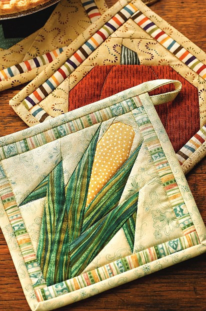 Cool stitch up some veggies for your kitchen quilting digest 9 Elegant Quilted Potholder Pattern Inspirations