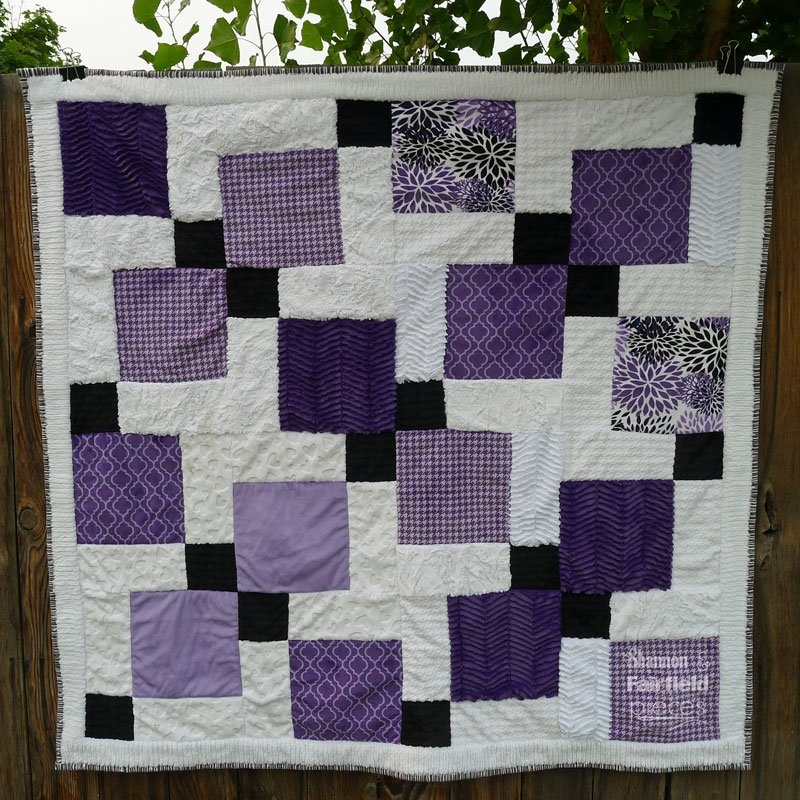 Cozy disappearing nine patch cuddle quilt 11 Cool Hidden Nine Patch Quilt Pattern
