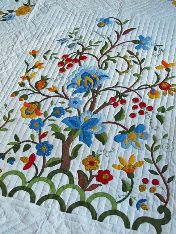 Cozy vintage quilt tree of life pattern my mom made this for me Stylish Hand Applique Quilt Patterns