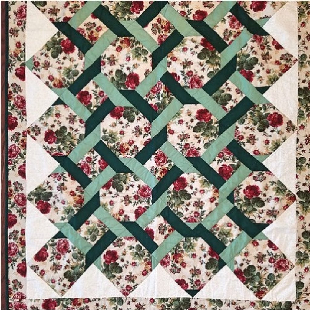 Elegant garden trellis quilt 9 Beautiful Garden Trellis Quilt Pattern Gallery