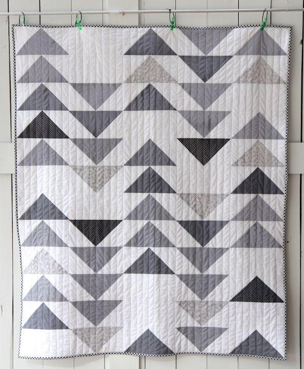 Elegant grey goose quilt flying geese quilt modern quilt patterns 11 Modern Flying Geese Quilt Patterns
