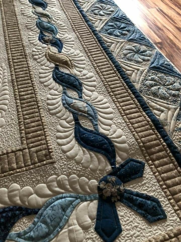 Interesting borders appliqu free motion quilting quilts of 9   Pinterest Easy Quilt Patterns Inspirations