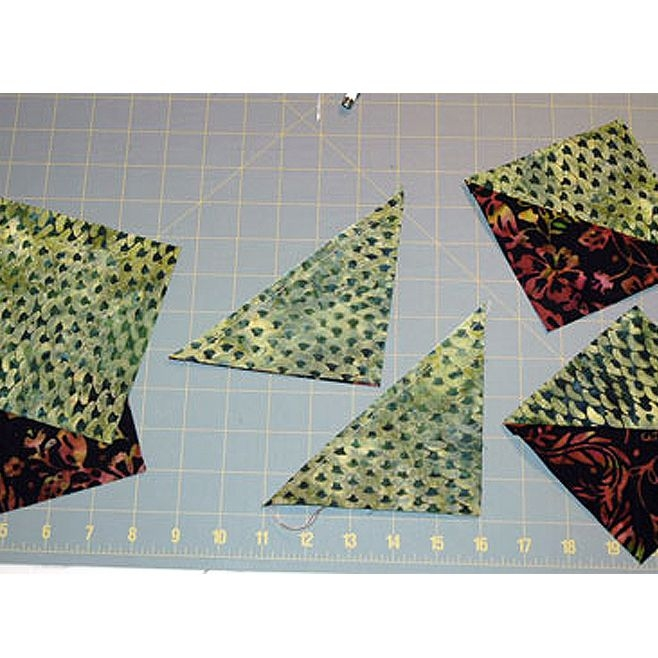 Interesting how to make easy half square triangle units for quilts 11 Cool Quilting Triangles Gallery