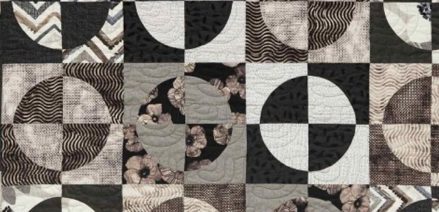 Interesting quilt patterns a history of the drunkards path accuquilt Stylish History Of Quilt Patterns Gallery