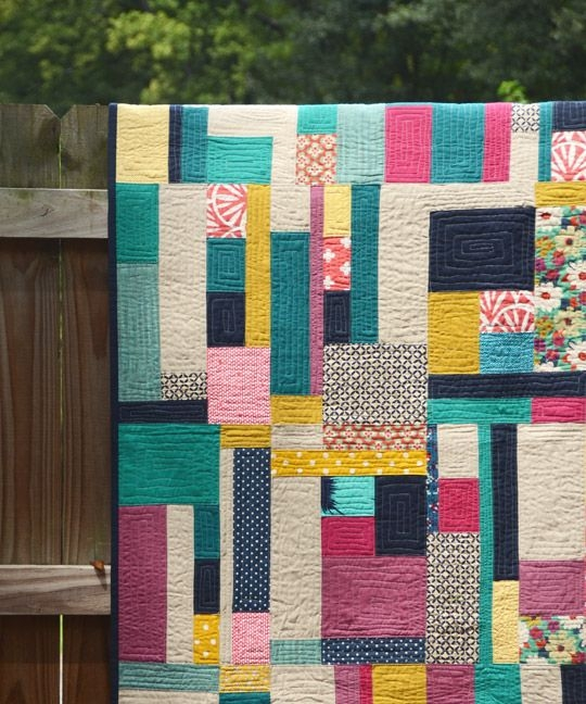 Interesting random rectangles quilt quilts quilt patterns quilting 11 Modern Stylish Quilting Treasures Fabric