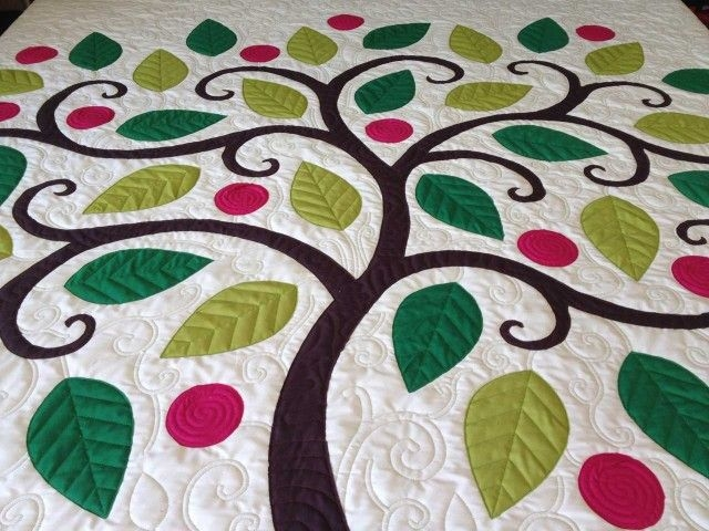 Interesting tree applique quilt nina paleys blog tree quilt 10 Unique Tree Of Life Quilt Pattern Applique Gallery