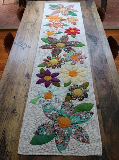Modern blossoms table runner pattern free bird quilting 9 Modern Quilt Patterns For Table Runners