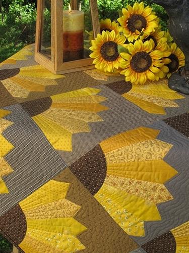 Modern dresden sunflower pattern template sunflower quilts 9   Sunflower Quilt Block Pattern