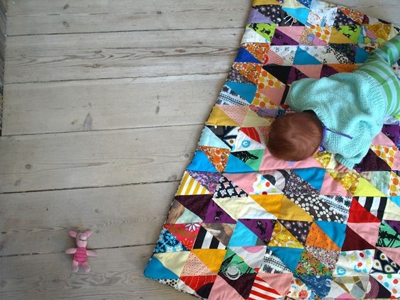 Modern triangles quilt tutorial stitched in color 9 Beautiful Triangle Patchwork Quilt Gallery