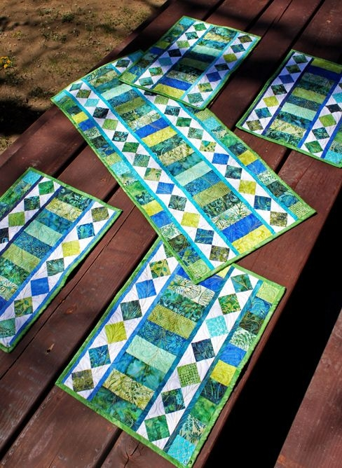 Modern use those gorgeous jelly rolls and bali pops with this 10 Unique Bali Pops Quilt Patterns