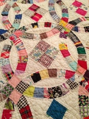 Modern value of old handmade quilts detail antique vintage 11 Beautiful Vintage Handmade Quilts Inspirations