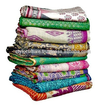 Modern vintage handmade kantha quilt fine quality hand stitching 11 Beautiful Vintage Handmade Quilts Inspirations