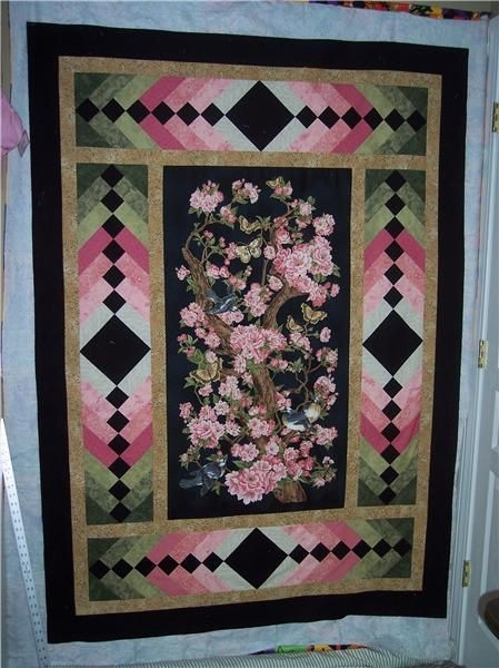 New a gorgeous quilt panel quilts panel quilt patterns 10 Interesting Quilts With Panels