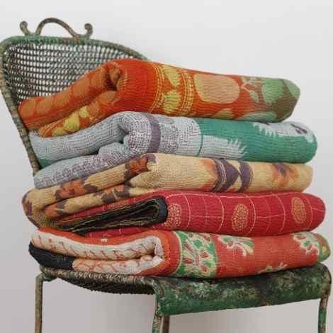 New handmade quilts handmade vintage kantha quilt manufacturer 9 Stylish Vintage Kantha Quilts Gallery