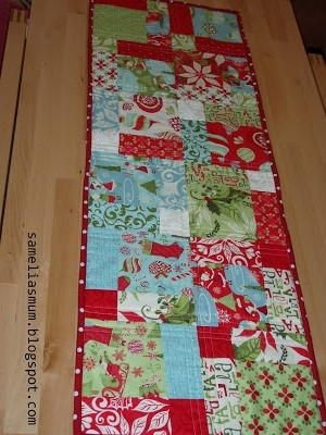 New quick and easy christmas table runner quilted table 10 Modern Easy Table Runner Quilt Patterns