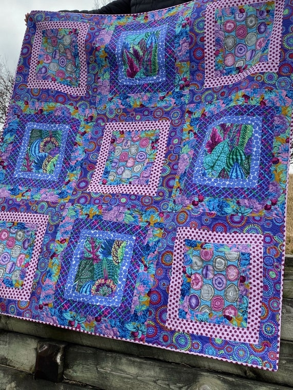 New quilt inspiration free pattern day kaffe fassett quilting 10 Cool Kaffe Fassett Quilt Patterns