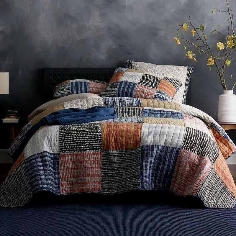 Stylish vintage handmade bedspread quilt set 3pcs quilted bedding cotton quilts patchwork bed covers sham cover king size coverlet set 11 Cool Vintage Quilt Bedding Inspirations