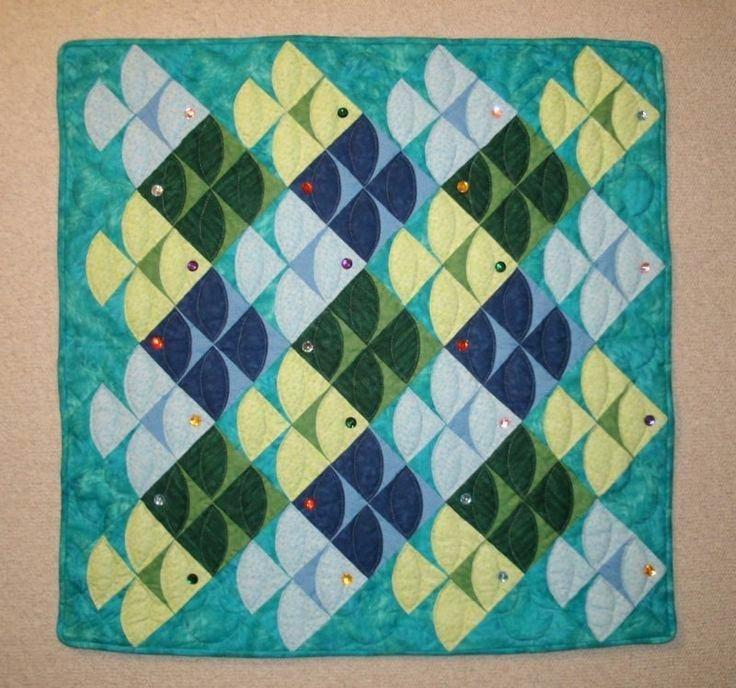 Unique fish bowl quilt block pattern free paper pieced fish quilt 11 Unique Fish Quilt Block Pattern