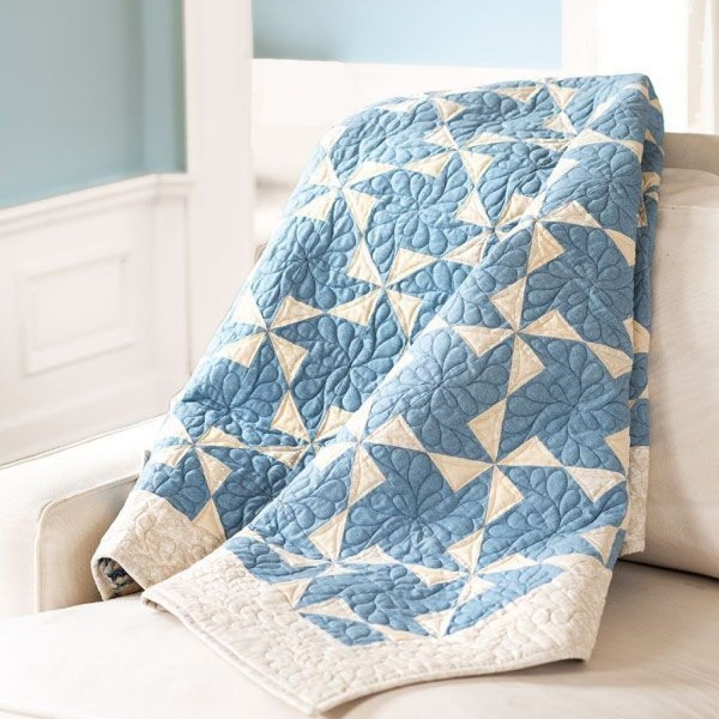 Beautiful image result for easy two color quilt patterns two color 11 Stylish Two Color Quilts Patterns
