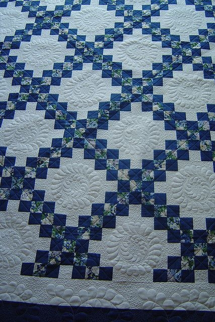 Beautiful irish chain irish quilt patterns irish quilt irish chain 10   Double Irish Chain Quilt Pattern Queen