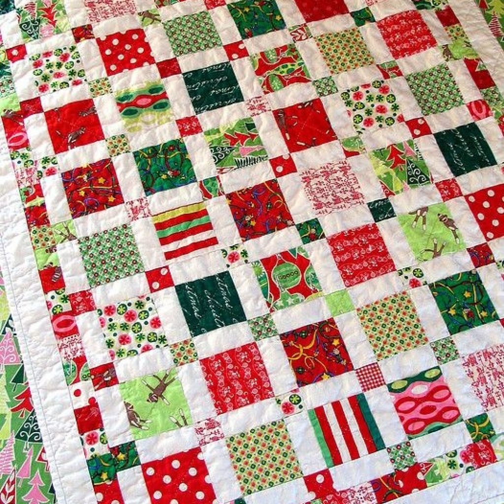 Beautiful the first finished christmas quilt christmas quilt blocks 11 Unique Christmas Quilt Ideas Gallery