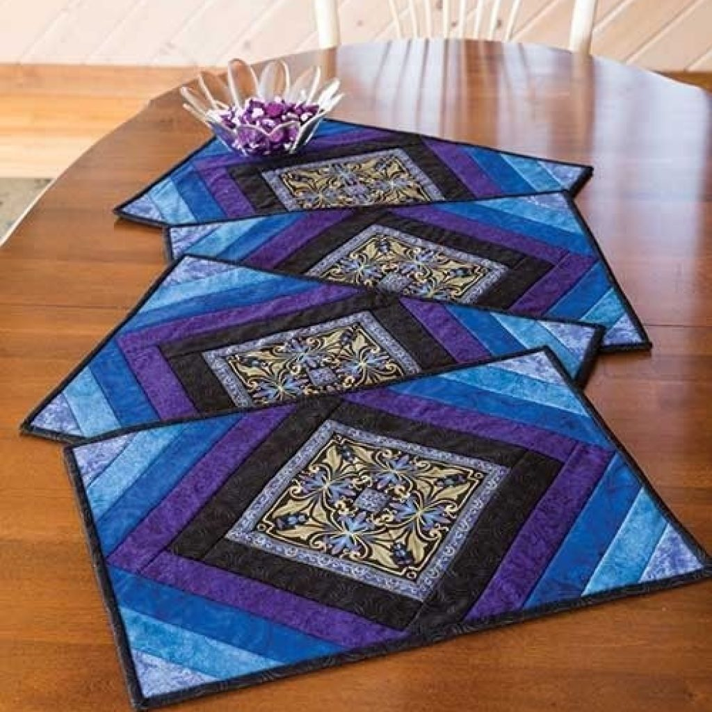 Cozy medallion place mat kit placemats patterns quilted 11 Cozy Placemat Patterns Quilted Inspirations