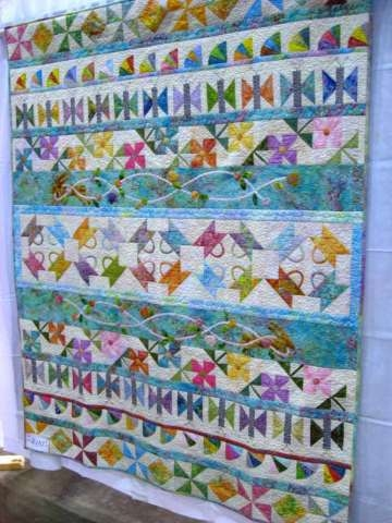 Cozy updated new quilts from the 2012 golden triangle quilt 9 Cool Golden Triangle Quilt Guild