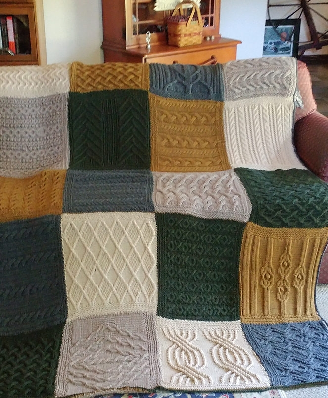 Elegant sampler knitting patterns for afghans accessories and more 11 Stylish Patchwork Quilt Knitting Pattern