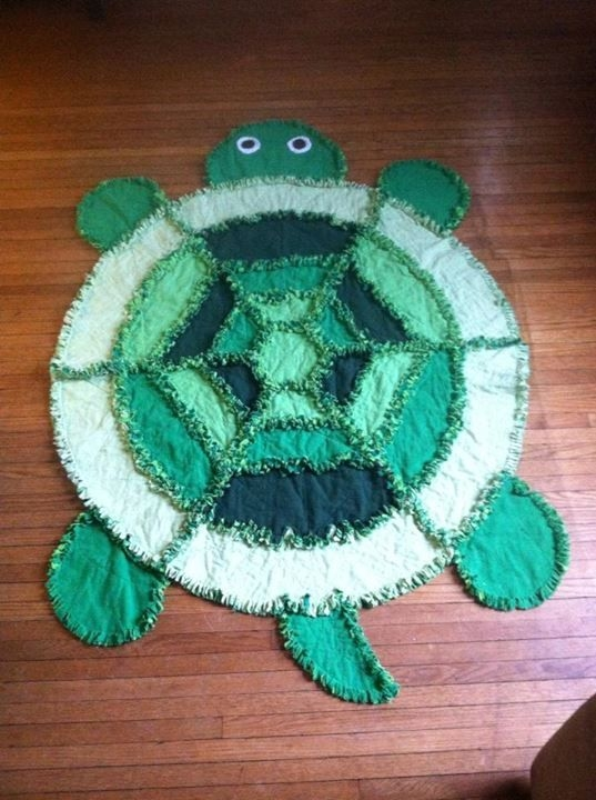 Interesting pin on quilts 9 Cool Turtle Rag Quilt Pattern Inspirations