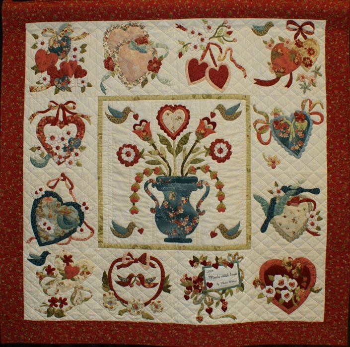 Interesting vintage valentine love the addition of blue to this quilt 9 Interesting Antique Applique Quilt Patterns Gallery
