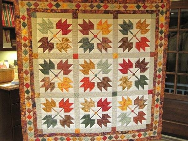 Modern maple leaves and a quilt built on a legend 24 blocks New Maple Leaf Quilt Patterns