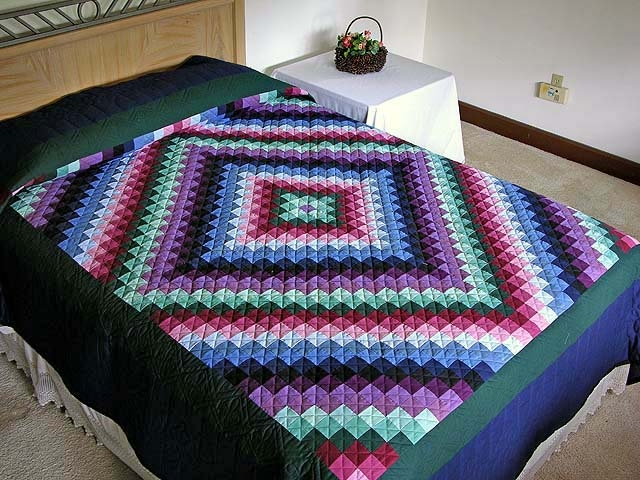 Stylish amish sunshine and shadow quilt hannahs quilts 10 Cozy Quilt Sunshine Shadow
