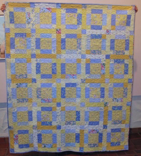 Stylish free tutorial sunshine and shadow quilt occasional piece 10 Cozy Quilt Sunshine Shadow