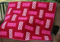 3 color quilt or you could just use 2 colors sew 3 wof Interesting Three Color Quilts Blocks