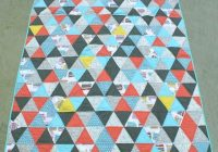 60 degree triangle quilt whipstitch Cozy Triangle Pattern Quilt Inspirations
