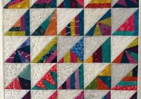 Beautiful 20 quilt ideas using half square scrappy triangles Interesting Scrappy Half Square Triangle Quilt Patterns Gallery