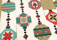 Beautiful cool idea for a christmas quilt christmas quilt blocks 11 Unique Christmas Quilt Ideas Gallery