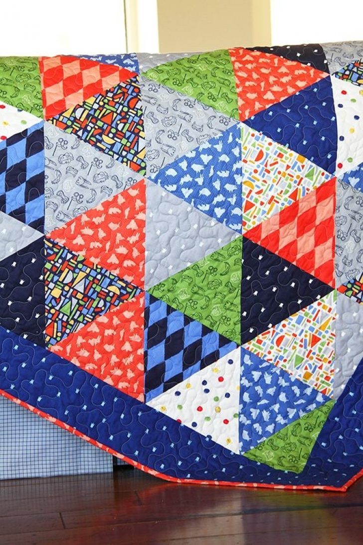Permalink to 9 Beautiful Triangle Patchwork Quilt Gallery